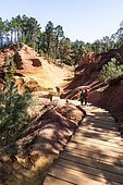 Ocher path of Roussillon, Luberon, Vaucluse, Provence, France