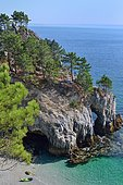 Vierge island, Crozon Peninsula, Brittany, France