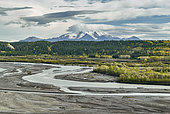 Mount Wrangle and Copper river in fall, Glenn highway: Tok to Anchorage, Alaska