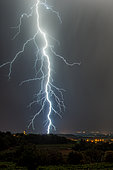 Thunderstorms between Drôme and Vaucluse on the night of July 30 to 31, 2016, Séguret, Vaucluse, France