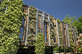 Green wall, Parc school, Obernai, France