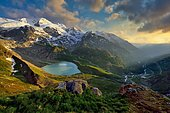 Evening mood at the Sustenpass with Steisee and Gadmental, Canton Bern, Switzerland, Europe