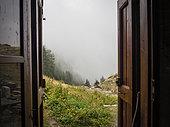 Shepherd's hut, Orgeas, Alpes de Haute Provence, Alps, France