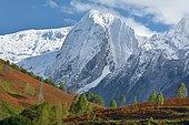 Premières neiges sur le Ronglet (2180m) : cirque d'Accous, Vallée d'Aspe, Pyrénées, France