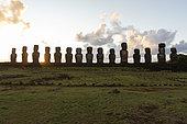 Ahu Tongariki, 15 Moaï upright. Rapa Nui, Easter Island, Chile