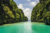Crystal clear water between limestones in the Bacuit archipelago, Palawan, Philippines, Asia