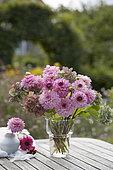 Summer bouquet in pink