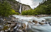 River course, Driva river, Svøufallet waterfall, Åmotan gorge, Gjøra, Norway, Europe