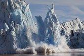 Glacier break at Kronebreen, Kongsfjorden, Spitsbergen, Svalbard, Norway, Europe