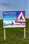 awareness panel to explain the action of hunters to protect biodiversity on agricultural land, signpost of the federation of Oise hunters, Senlis region, Department of Oise, France