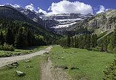 Cirque de Gavarnie, Massif du Mont Perdu, Pyrenees, France