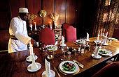 Kenya, région de Nairobi, préparation du déjeuner aux Manoir aux Girafes