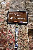 Sign outside Juliet's house, Verona, Veneto, Italy