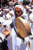 Maroc;Maroc;Atlas, Chaine de l'Atlas - Dades Valley, El Kelaa des M'Gouna village, musician at Rose Feast