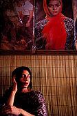 Pakistan - Hijra, les demi-femmes du Pakistan - Nazuk, 20 ans chez elle à Lahore