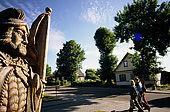Trakai, Lithuania: a wooden statue of Grand Duke Vytautas in Vytauto street;