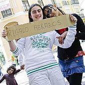 Girls offering 'Free Hugs', Zaragoza, Saragossa, Aragon, Spain