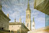 Reflection of the Basilica del Pilar, Zaragoza, Saragossa, Aragon, Spain