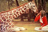 Kenya, region de Nairobi, le Manoir aux Girafes, ou Bryony et Rick Anderson veulent sauver un groupe girafes de Rotschild. Leslie Melville, la femme qui a lancé le projet de sauvegarde des girafes