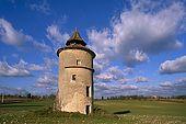 France, Lot, Quercy region village Lalbenque pigeonnier