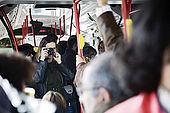 passeggeri sul bus 27