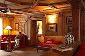 Lounge, Garnô Laurino, Cavalese, Trentino, Italy. Tel 0462 340151