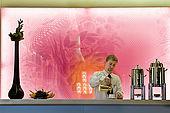 Hongrie, Budapest, Pest, salle du petit-déjeuner du Palais de New York (Boscolo Luxury Hotel) de style néo-classique, le serveur Csaba Szeles