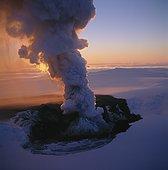 Iceland, Vatnajokull, Grimsvotn - Smoke emerging from a volcano