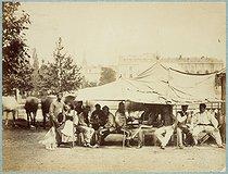 Roger-Viollet | 18257 | Paris Commune (1871) | © Bruno Braquehais / Musée Carnavalet / Roger-Viollet