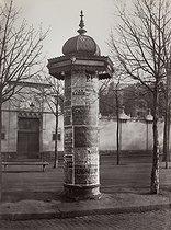 Roger-Viollet   115970   Advertising Column, avenue de l'Observatoire. Paris (XIVth arrondissement), 1858-1878. Photograph by Charles Marville (1813-1879). Paris, musée Carnavalet.   © Charles Marville / Musée Carnavalet / Roger-Viollet