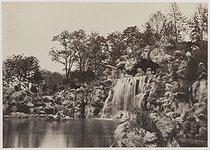 Roger-Viollet   118376   Bois de Boulogne. Great waterfall. Paris (XVIth arrondissement), 1858-1862. Photograph by Charles Marville (1813-1879). Paris, musée Carnavalet.   © Charles Marville / Musée Carnavalet / Roger-Viollet