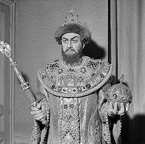 Roger-Viollet | 163255 | Ivan Ivanocitch Petrov (1920-2003 ?) dans le rôle de  Boris Godounov . Opéra Garnier. Paris (IXème arr.), mars 1954. | © Boris Lipnitzki / Roger-Viollet