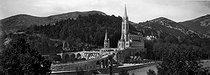 Roger-Viollet | 169049 | Lourdes (Upper-Pyrenees) . La basilica of Rosaire. Around 1910. | © Léon & Lévy / Roger-Viollet