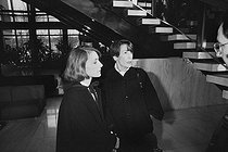Roger-Viollet | 175630 | Robert Boulin case. Boulin family : Colette Boulin (wife) with Fabienne Boulin-Burgeat (daughter). Versailles (France), on January 17, 1984. | © Jean-Régis Roustan / Roger-Viollet