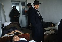 Roger-Viollet | 176781 | First Chechen War. Russian prisoner at the hospital of Stari-Atagi. Grozny (Chechen Republic, Russia), January 13, 1995. | © Jean-Paul Guilloteau / Roger-Viollet