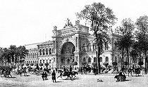 Roger-Viollet | 180597 | 1867 World Fair in Paris. The Industry pavilion. | © Neurdein / Roger-Viollet