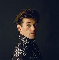 Roger-Viollet | 185270 | Patrick Dupond, French ballet dancer, 1989. | © Colette Masson / Roger-Viollet