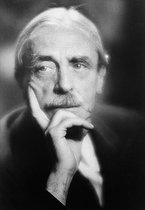 Roger-Viollet | 194775 | Paul Valéry (1871-1945), French writer. | © Laure Albin Guillot / Roger-Viollet