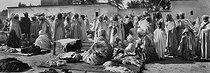 Roger-Viollet | 195432 | Market scene. Sahara, around 1900. | © Léon & Lévy / Roger-Viollet