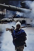 Roger-Viollet | 195437 | Fall of Addis Ababa. Partisan of the Ethiopian People's Revolutionary Democratic Front. Ethiopia, on May 30, 1991. | © Françoise Demulder / Roger-Viollet