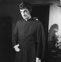 Roger-Viollet   204572    Léon Morin, prêtre    © Alain Adler / Roger-Viollet
