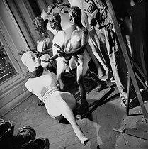 Roger-Viollet | 212832 | Display mannequins in the storeroom of the Galeries Lafayette department store. Paris (IXth arrondissement), 1948. | © Pierre Jahan / Roger-Viollet