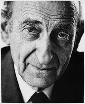 Roger-Viollet | 218113 | Raymond Aron (1905-1983), French writer, philosopher and journalist. Paris, July 1983. | © Bruno de Monès / Roger-Viollet