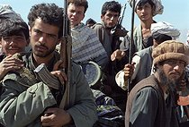 Roger-Viollet   228029   Second war in Afghanistan between the USA and the Northern Alliance against the Taliban following the September 11, 2001 attacks. Mujahideen of General Baba Jan at the airport of Bagram to the north of Kabul. Afghanistan, September-October 2001.   © Jean-Paul Guilloteau / Roger-Viollet
