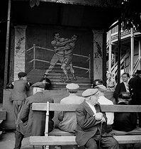 Roger-Viollet | 237503 | Fun fair. France, circa 1935. | © Gaston Paris / Roger-Viollet