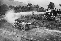 Roger-Viollet | 238578 | Germany - Motor race | © Maurice-Louis Branger / Roger-Viollet