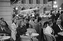 Roger-Viollet | 248140 | Terrace of the Café de la Paix. Place de l'Opéra. Paris, 1950's. Photograph by Janine Niepce (1921-2007). | © Janine Niepce / Roger-Viollet