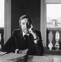 Roger-Viollet | 253078 | Roger Thérond (1924-2001), French journalist, 1979. | © Kathleen Blumenfeld / Roger-Viollet