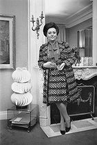 Roger-Viollet | 265803 | Régine Crespin (1927-2007), French opera singer, at her place. | © Jacques Cuinières / Roger-Viollet