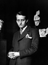 Roger-Viollet | 279180 | André Malraux (1901-1976), French writer and politician, around 1930. | © Albert Harlingue / Roger-Viollet
